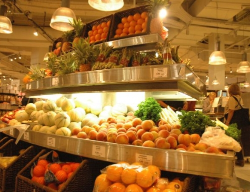 French law to cut food waste from supermarkets